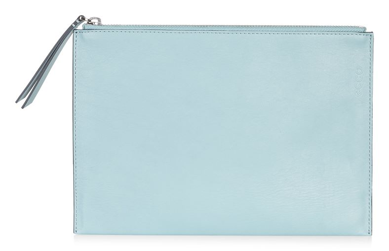 Sculptured Clutch (Blue)
